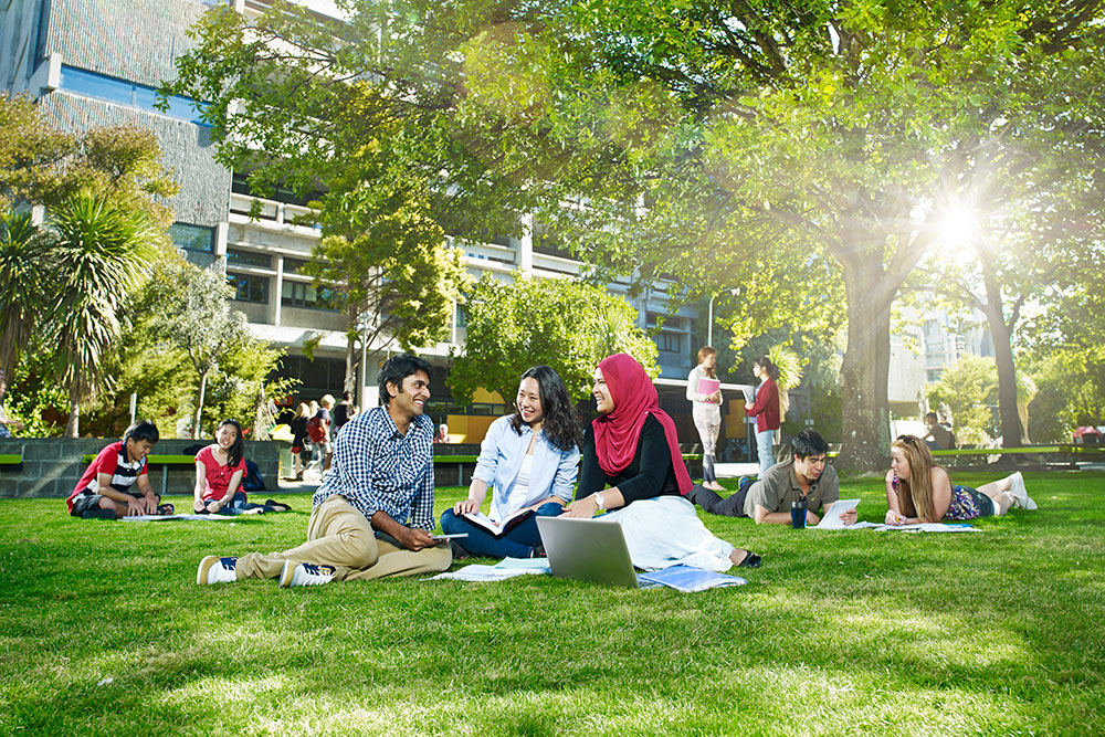 banner-international-students-landscape.jpg